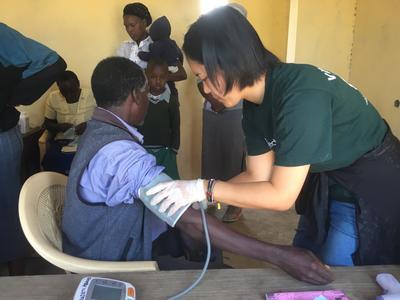 ケニアで地域型のヘルスケア提供に貢献する日本人大学生ボランティア
