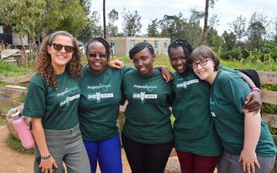 プロジェクトアブロードのケニアスタッフとボランティアたち