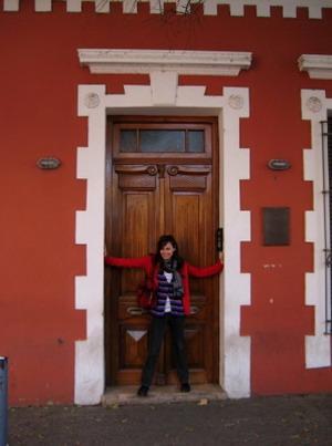 アルゼンチンでの活動地コルドバを探索するボランティア