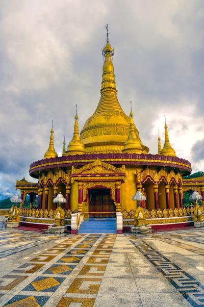 バングラデシュを代表するヒンドゥー教寺院