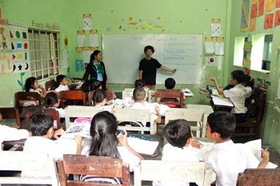カンボジアで日本語教育に携わるボランティア