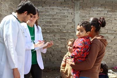 メキシコで医療プロジェクトの参加中のボランティア