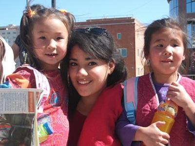 アジア、モンゴル、現地の子どもに会うプロジェクトアブロードボランティア