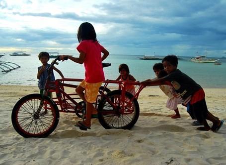 プロジェクトアブロードでフィリピンのボランティア活動に参加しよう!