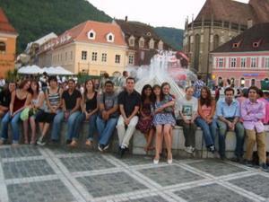 ルーマニア、ブラショフ、ボランティアとインターン
