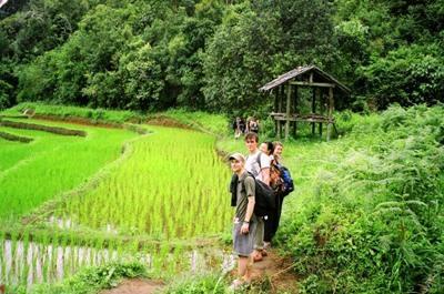 タイ、活動地近隣を訪れるプロジェクトアブロードボランティア