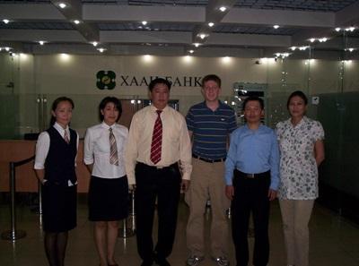 アジアのビジネスインターンシップに参加するインターン生