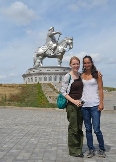 アジア、プロジェクト期間中に近隣の観光地を訪れるボランティア