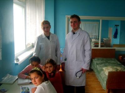 東ヨーロッパで医療についての知識を得ながらボランティア活動