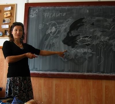 東ヨーロッパで英語を教えるボランティア