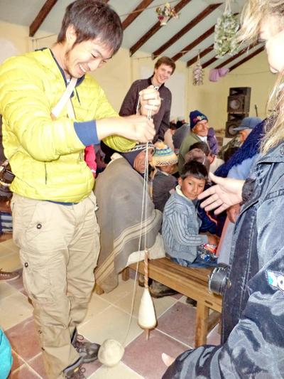 南米で海外ボランティア ボリビア文化を体験する日本人ボランティア