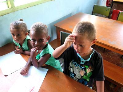 南太平洋のフィジーの子供たち