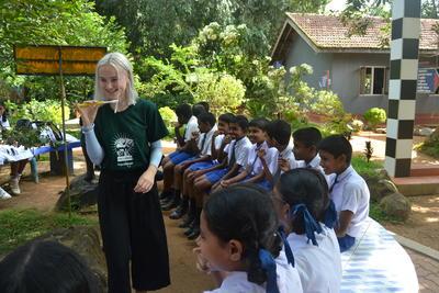 高校生の海外ボランティア スリランカで歯科医療