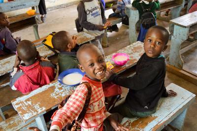東アフリカのタンザニアで子供のケアの海外ボランティア