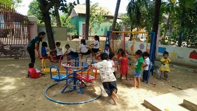 カンボジアで海外ボランティア チャイルドケア