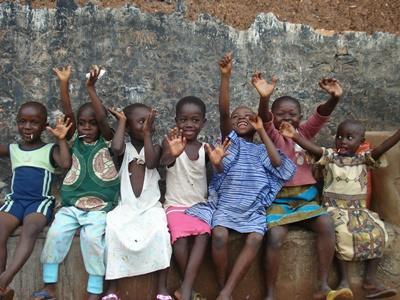 海外ボランティア ガーナの児童たち