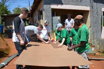 大学生の春休み短期海外ボランティア ジャマイカで建築の国際協力