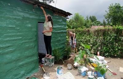 タンザニア、建築プロジェクト、建物をペイントするプロジェクトアブロードボランティア