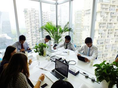 中国でビジネスの海外インターンシップ ミーティングルームの様子