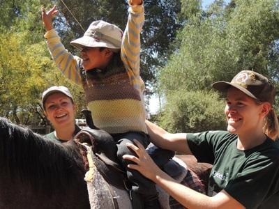 ボリビア、乗馬セラピーのプロジェクトアブロードボランティア
