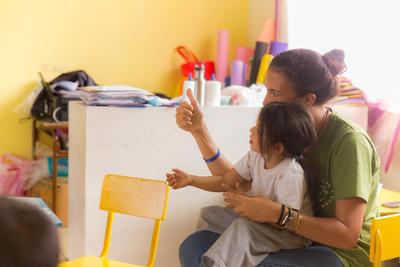 南米エクアドルの幼稚園でチャイルドケアの海外ボランティア