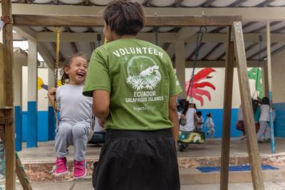南米エクアドルで子供のケアの海外ボランティア