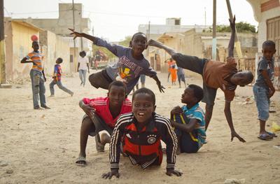 セネガルで子供のケアの海外ボランティア サン=ルイに暮らすストリートチルドレン