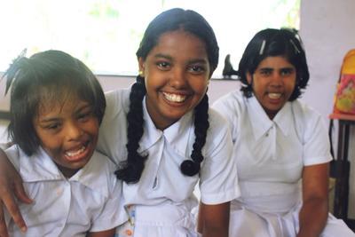 スリランカの特別支援センターで子供のケアの海外ボランティア 笑顔あふれる子供たち