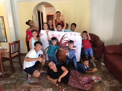 イタリアに移り住んだ難民や移民の子供たちにアクティビティを行う日本人ボランティアの活躍