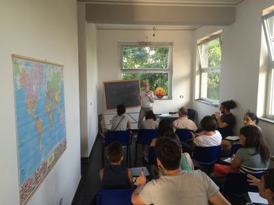 イタリアで難民支援 イタリア生活順応を支援する海外ボランティア