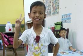ケアボランティア ミャンマーの地元の子供たち