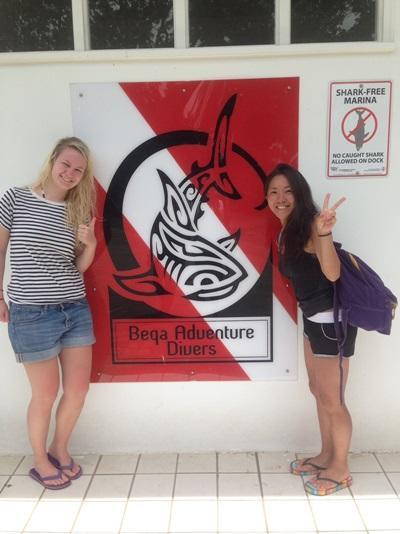 フィジーでサメの生態保護に加わった日本人ボランティア