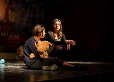 ルーマニアで演劇を教える海外ボランティア ドラマプロジェクト