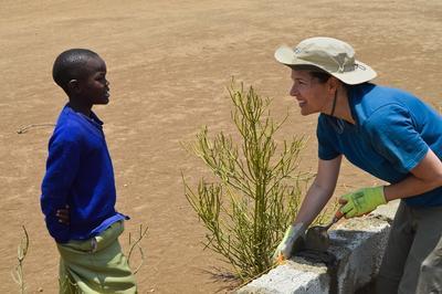高校生スペシャル タンザニアのマサイ族村で保育園の建築に貢献するボランティア