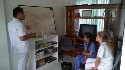 フィリピンで国際医療の海外ボランティア 医療ワークショップ