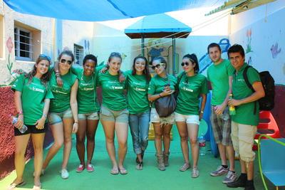 メキシコでがんばる公衆衛生の高校生ボランティアたち