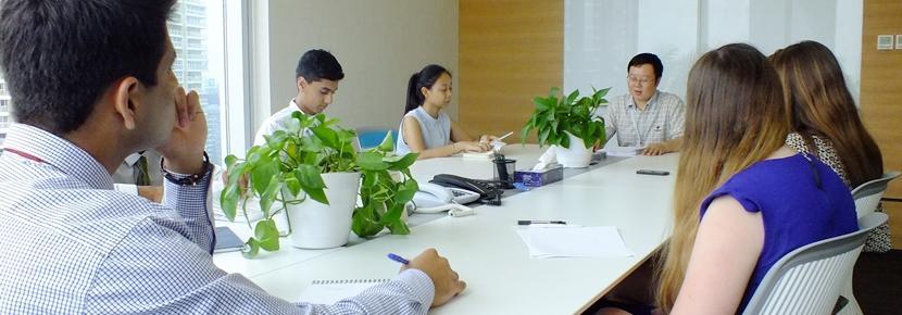 高校生の短期海外ボランティアプログラム 法律&ビジネス