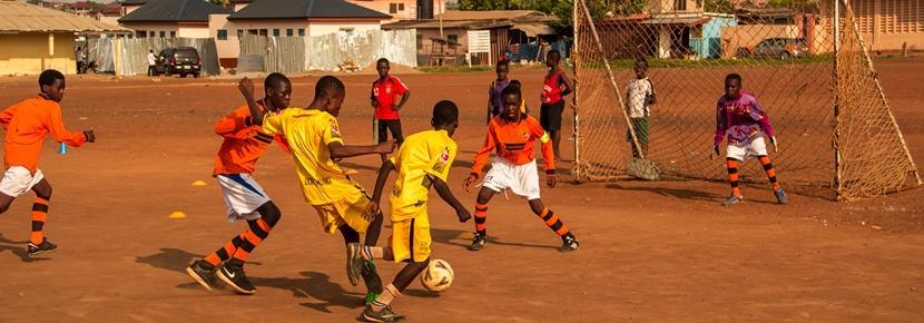 高校生の短期海外ボランティアプログラム スポーツ教育