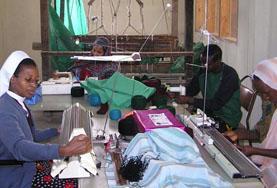 国際協力プロジェクトで小規模裁縫ビジネスのために活動するプロジェクトアブロードインターン