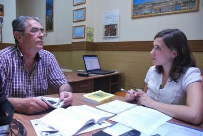 ルーマニア、ジャーナリズムプロジェクト、スタッフとボランティア