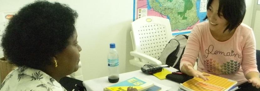 プロジェクトアブロード語学プロジェクトでマンツーマンレッスンを受ける留学生