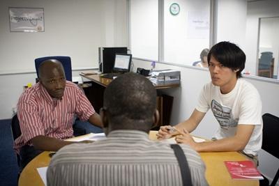 南アフリカ、ケープタウン、社会正義問題に関する仕事をするプロジェクトアブロードの日本人インターン
