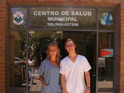 アルゼンチン、医療プロジェクト、活動地でのインターン生