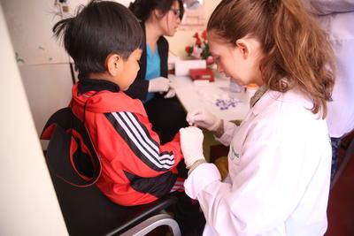 ペルーで医療インターンシップ 現地の子供に医療ケアを提供するプロジェクトアブロードのインターン