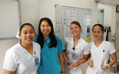 フィリピンで医療インターンシップに参加中のインターン