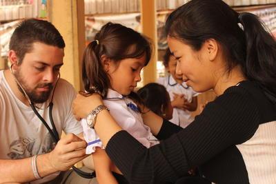 カンボジアで公衆衛生の海外インターンシップ