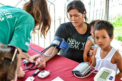フィリピンで公衆衛生インターンシップ 地域コミュティに内でのアウトリーチ活動に貢献するボランティア