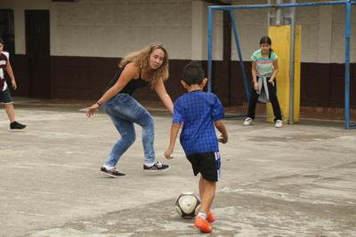 南米アルゼンチンの子供たちに地域コミュニティ型でスポーツを教える海外ボランティア