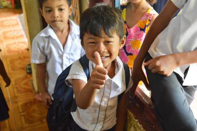 カンボジアの子供たちへの教育の海外ボランティア