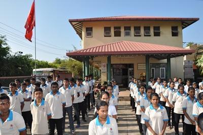 日本語教育ボランティアが実施されている職業訓練センターの生徒たち